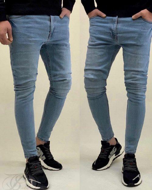 این شلوار جین، یک شلوار اسکینی بوده و رنگ آن آبی می باشد. برند تولید کننده این شلوار جین کش ، ZARA MAN می باشد. .